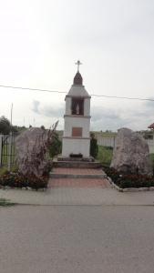 Wola-Murowana-kapliczka-po-skarbie-1