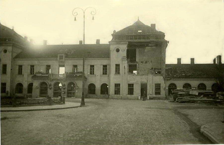 dworzec-kolejowy-10-wrzenia-1939-r