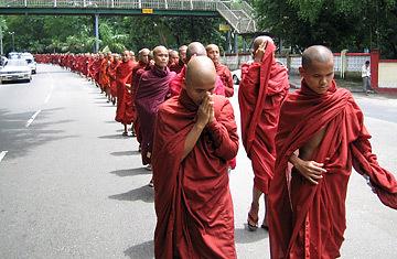 monks_burma_0919